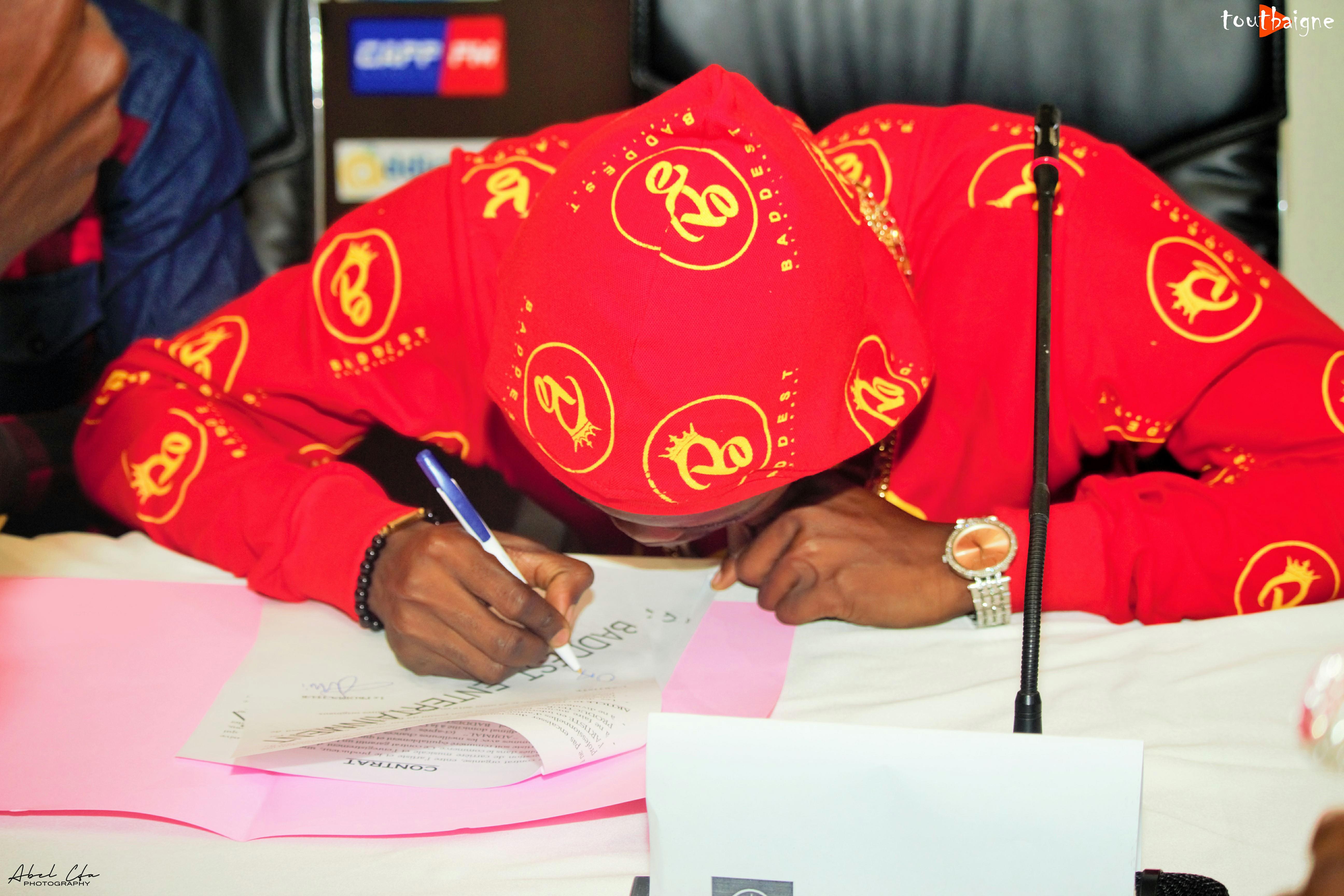 Adjimal le premier artiste béninois signé par BADDEST Entertainment