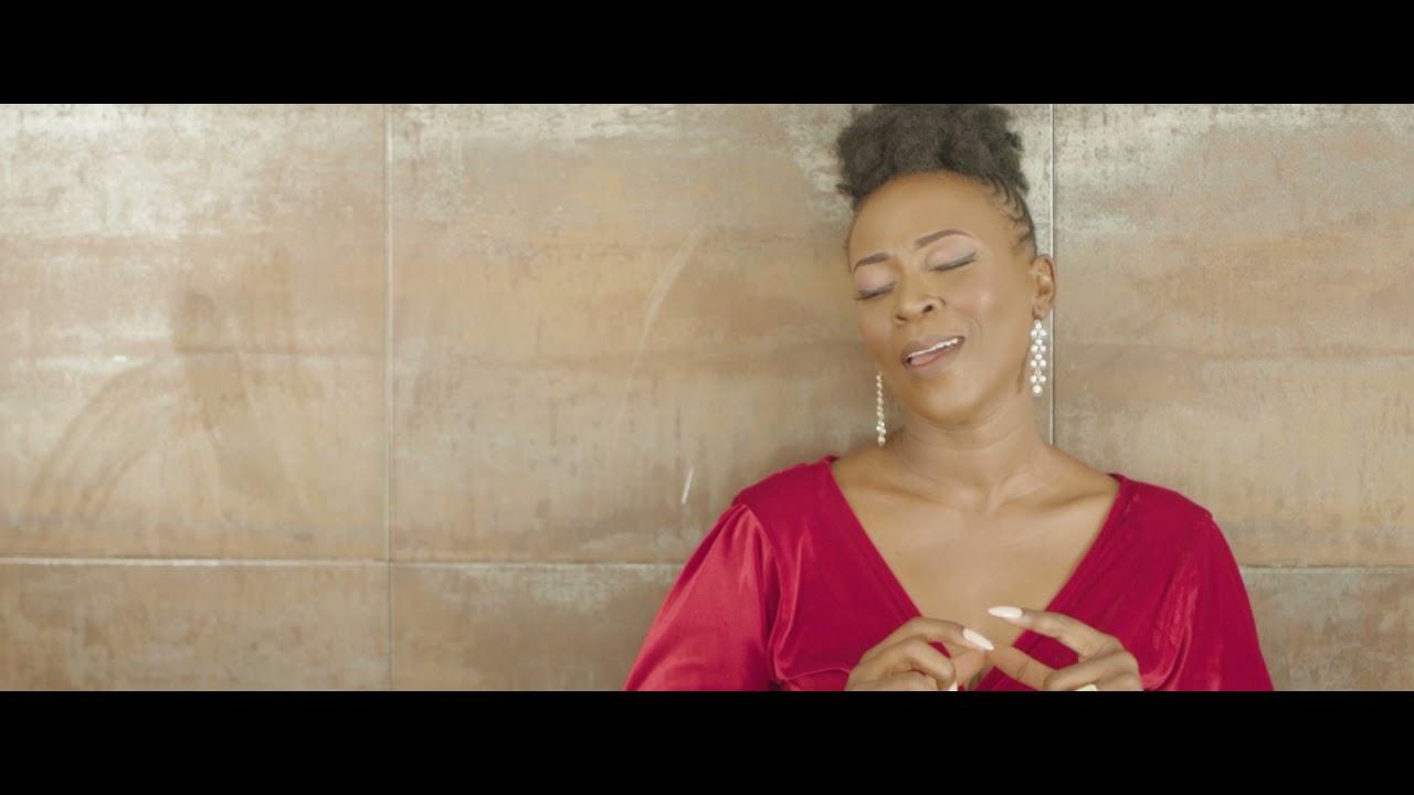 PéPé Oléka ft Vi-Phint - N'lonwébi (Clip Officiel)